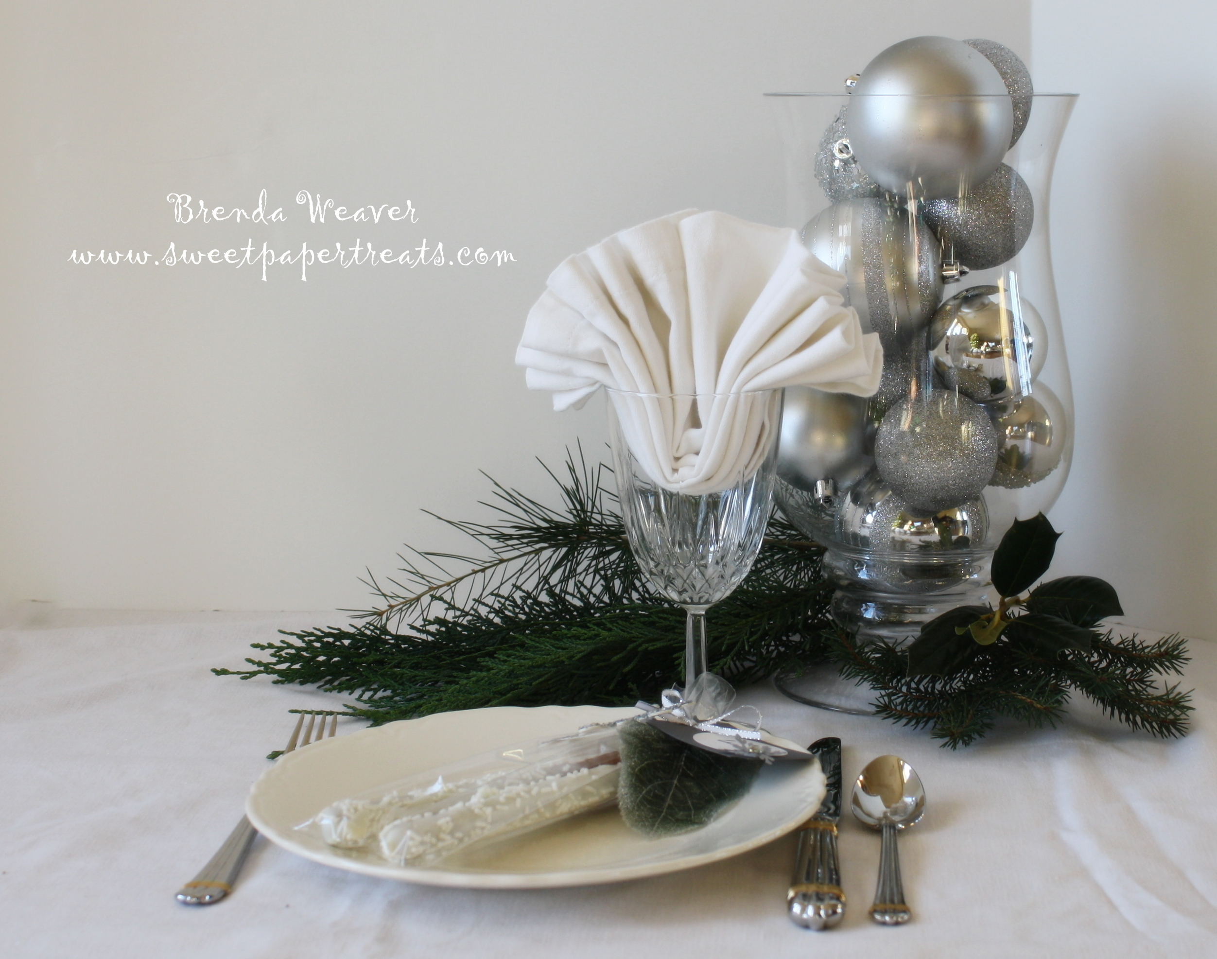 i m dreaming of a white christmas sweet paper treats. Black Bedroom Furniture Sets. Home Design Ideas
