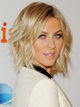 548fb79c03f39_-_rbk-celebs-091113-julianne-hough-s2